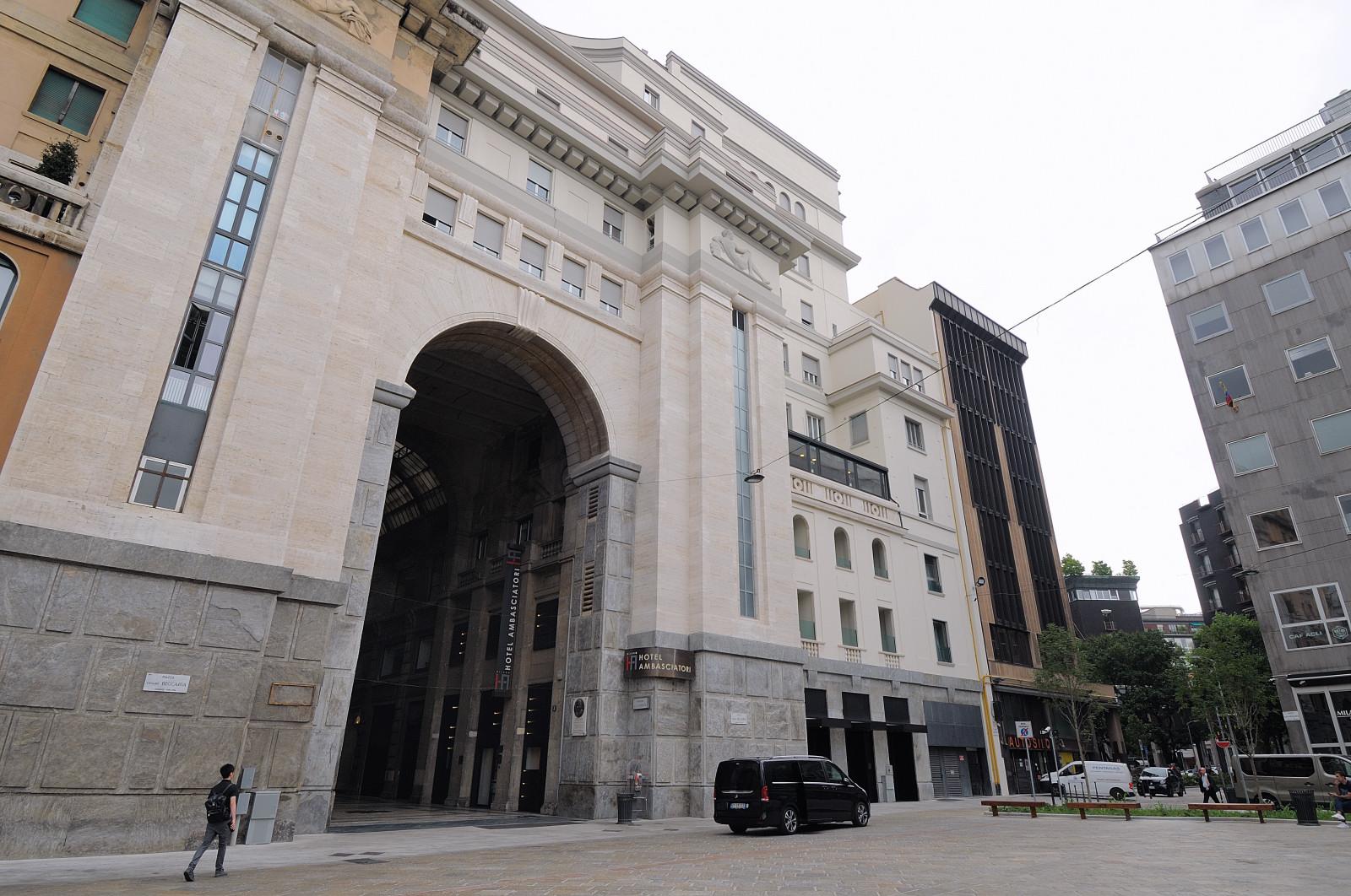 iH Hotels Milano Ambasciatori- Exterior View